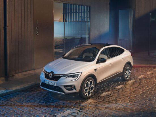 Renault_ARKANA_ETech_Teaser
