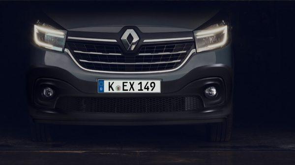 Renault TRAFIC Slide 1_